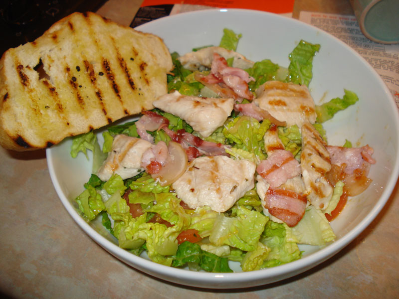 caesar salad with turkey and bacon