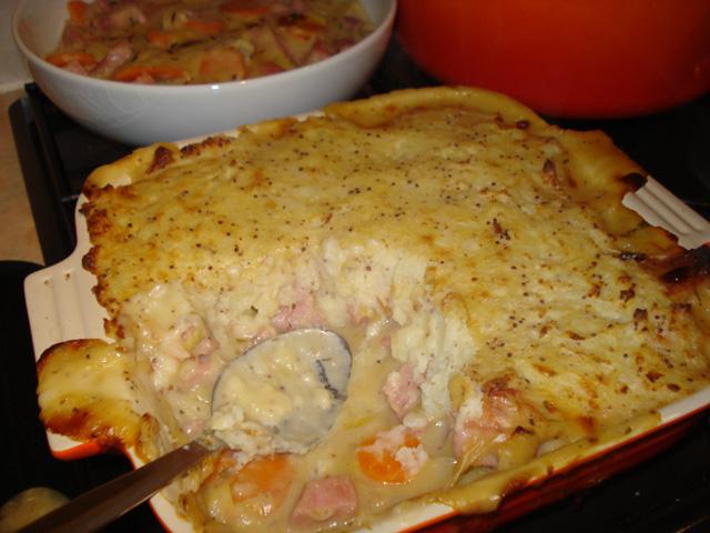 gammon leek and cider pie with mustard mash