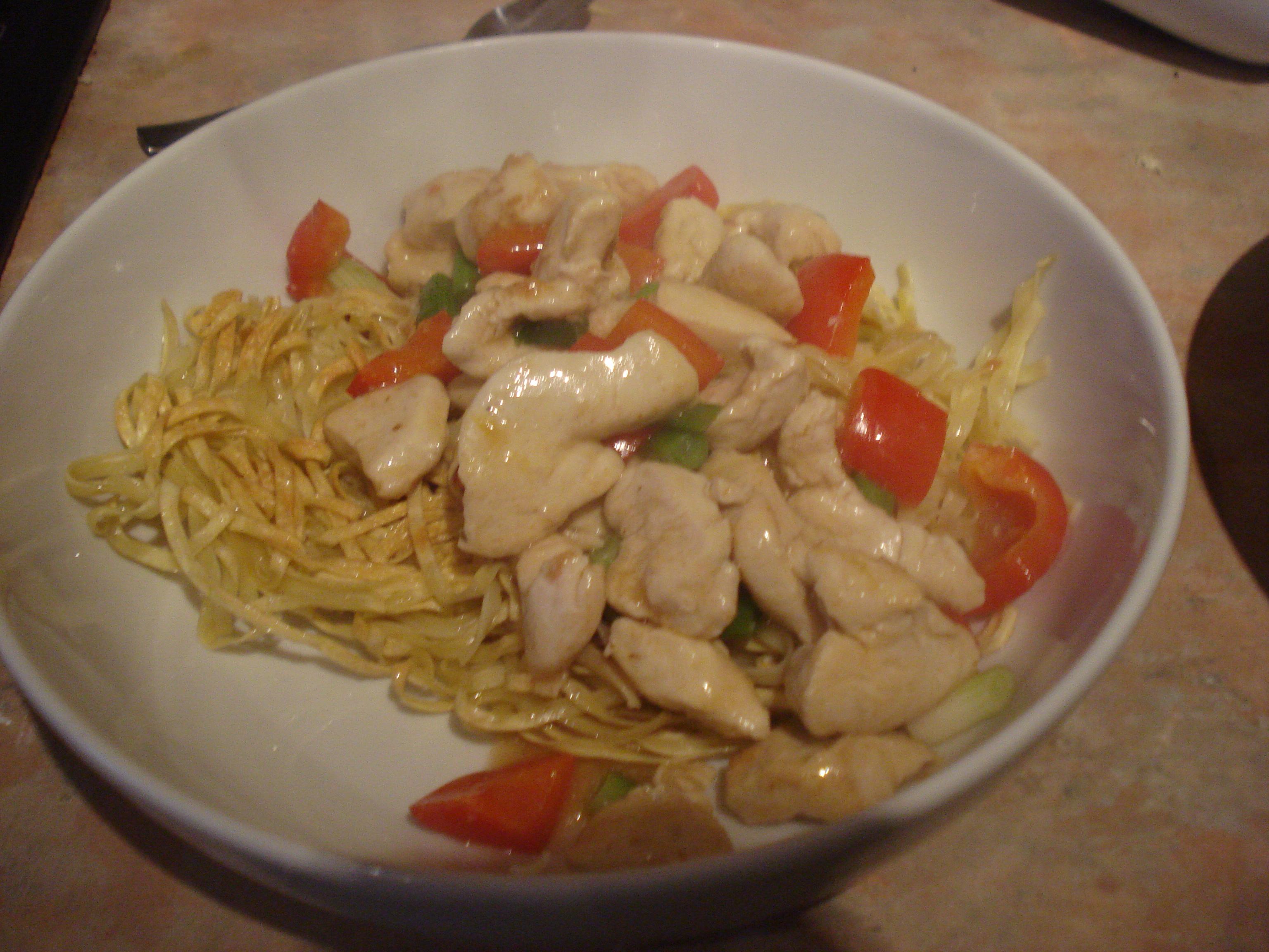 chicken on crispy noodles