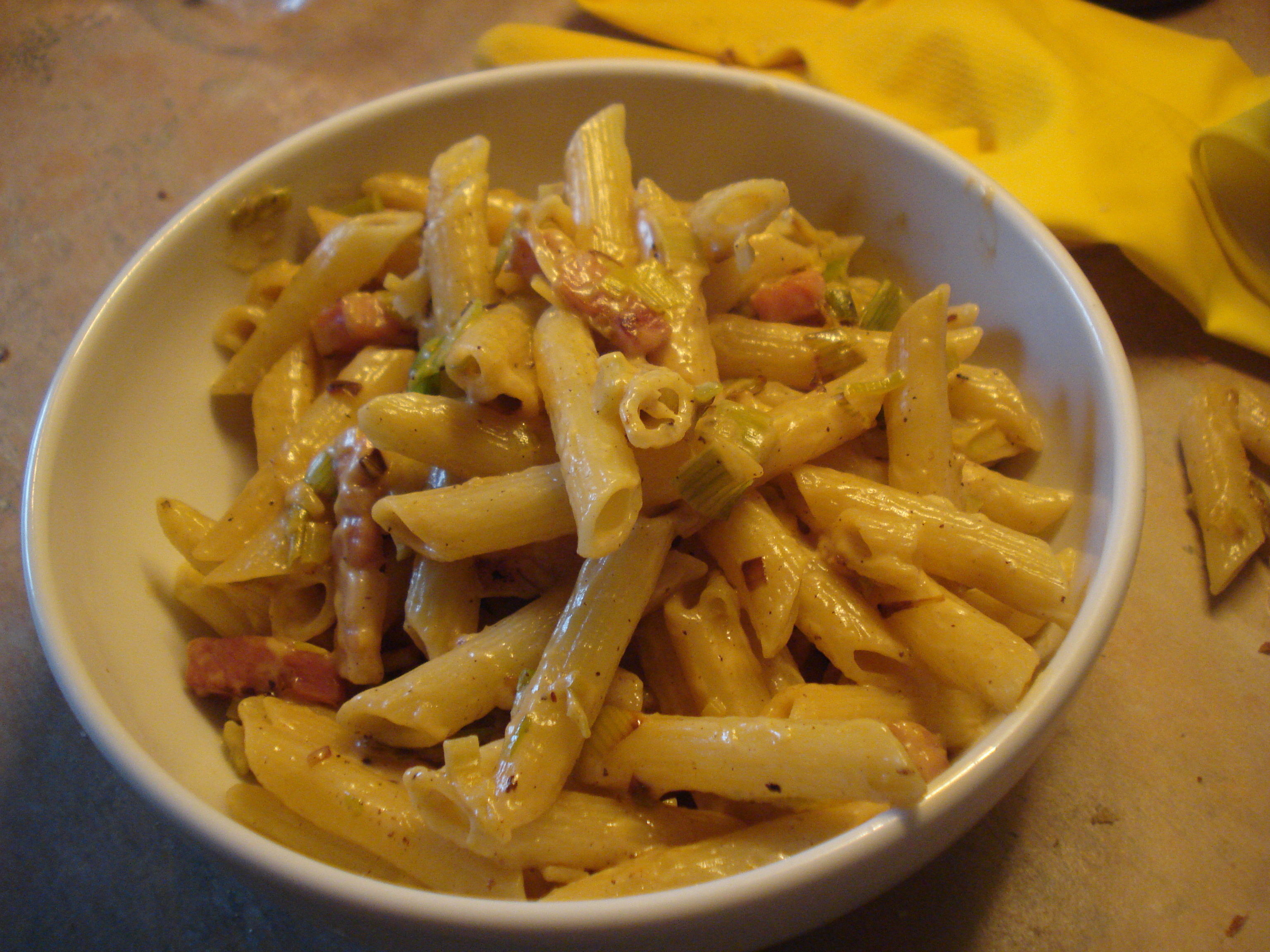 cheese leek and ham pasta 'n' sauce