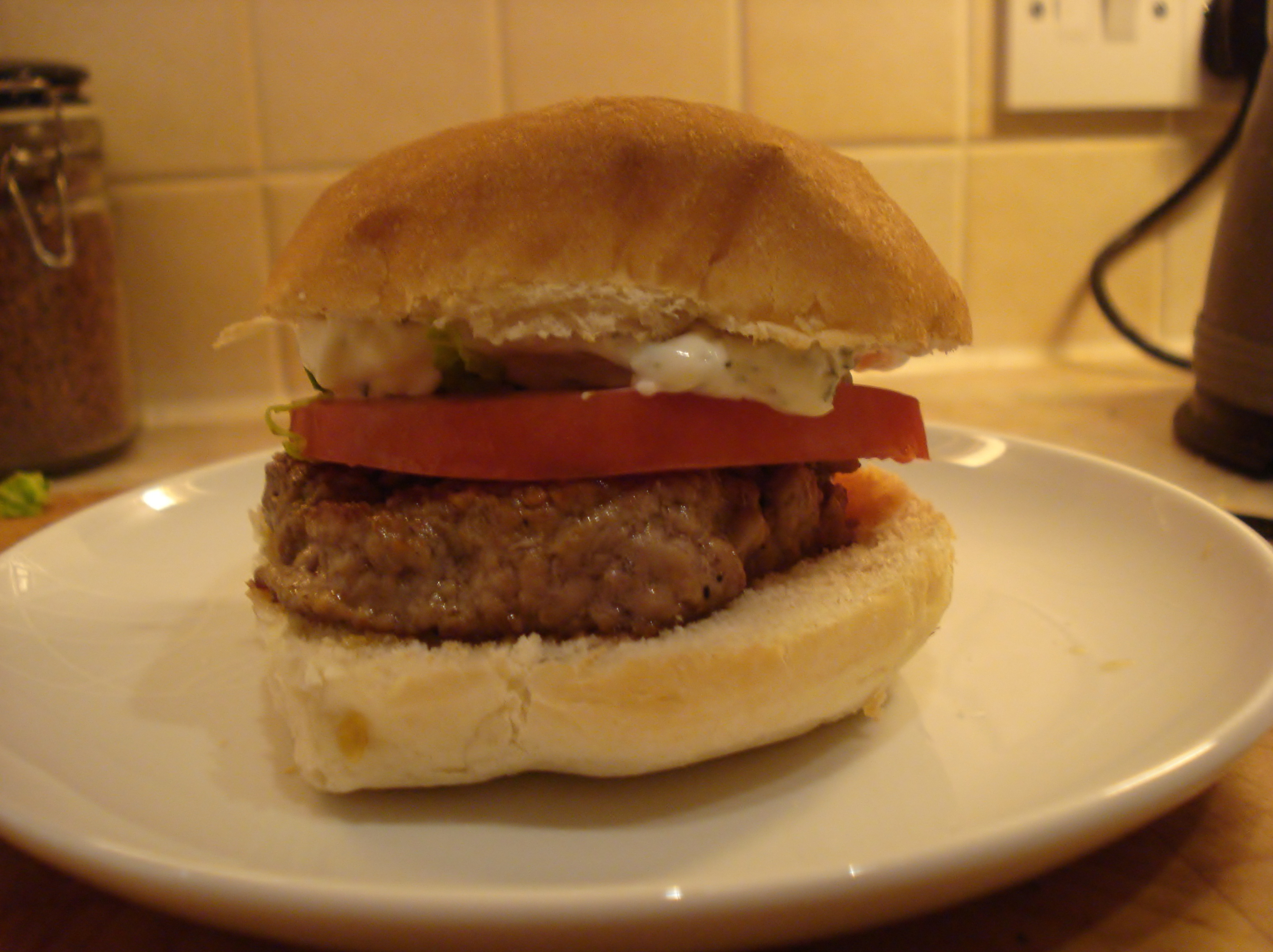 red hot lamb burgers with mint mayonnaise