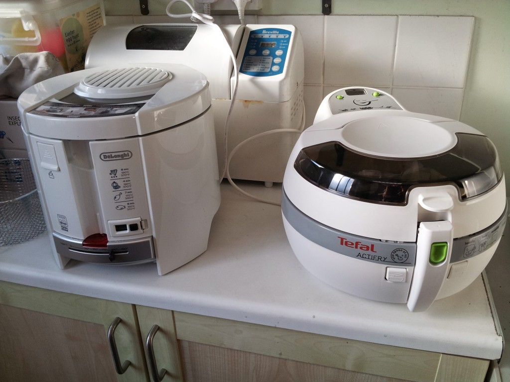delonghi total clean fryer and tefal actifry